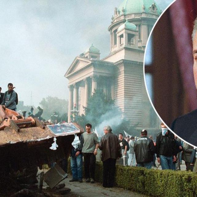 Kultna fotografija s rušenja Miloševićevog režima i Slobodan Milošević u krugu