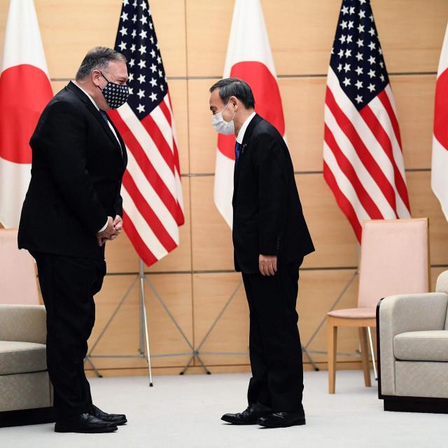 Mike Pompeo i japanski premijer Yoshihide Suga