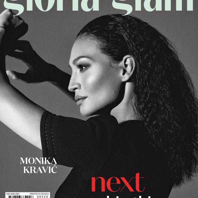 GloriaGLAM, naslovnica