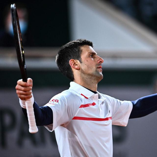 """Novak je meta mreže koja računa na laku zaradu """"preko njega"""""""