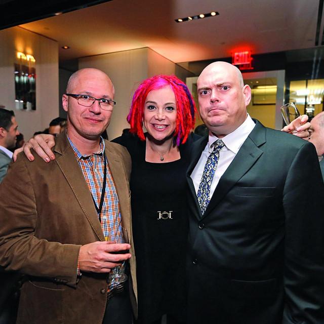 Hemon s redateljima filma Lanom i Andyjem Wachowskim, koji je u međuvremenu postao Lilly