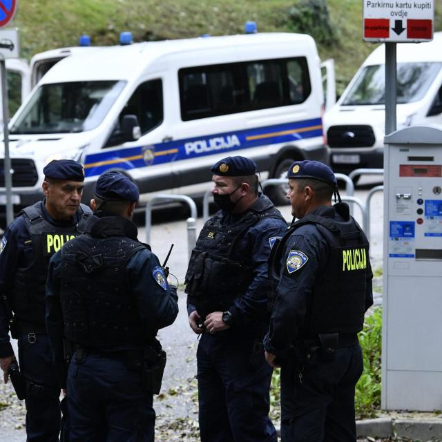Očevid policije na Jabukovcu