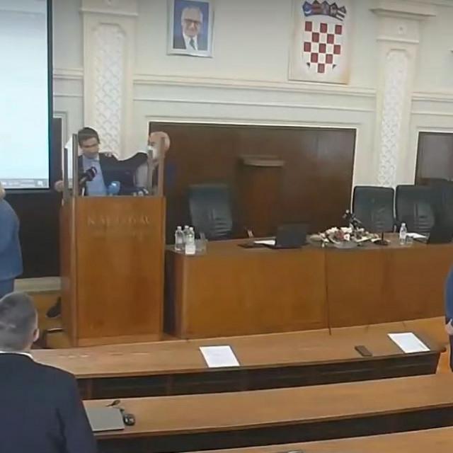 Incident na sjednici karlovačkog vijeća