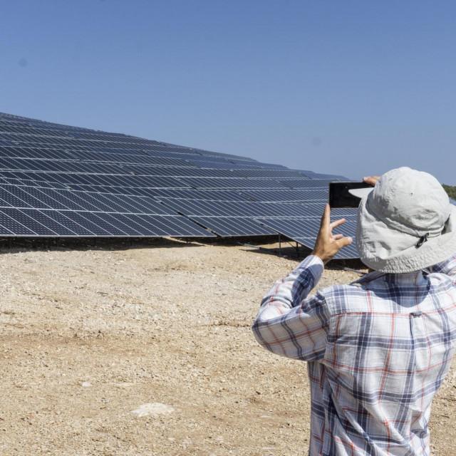 Puštanje u rad Sunčane elektrane Vis