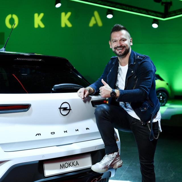 Ivan Dečak dugo je vozio staru verziju automobila, ali nova ga je baš oduševila...