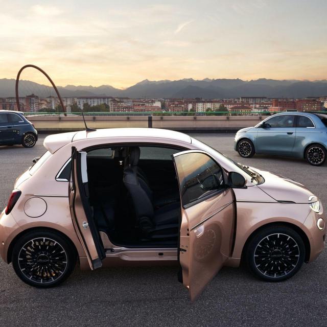 Fiat Nuova 500 3+1 EV