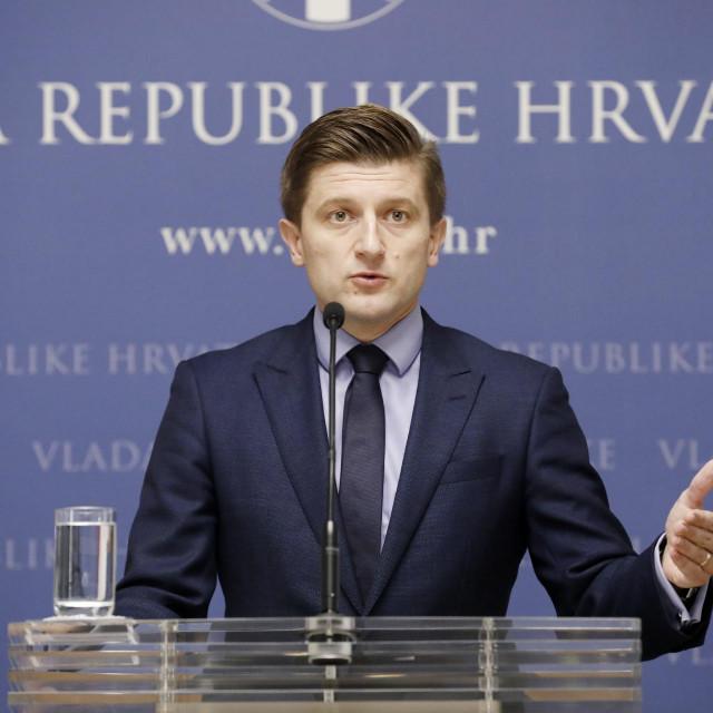 Odgoda provedbe ovrha na šest mjeseci nije značila oprost, nego joj je svrha bila da se olakša građanima – rekao je ministar Zdravko Marić na dan isteka moratorija
