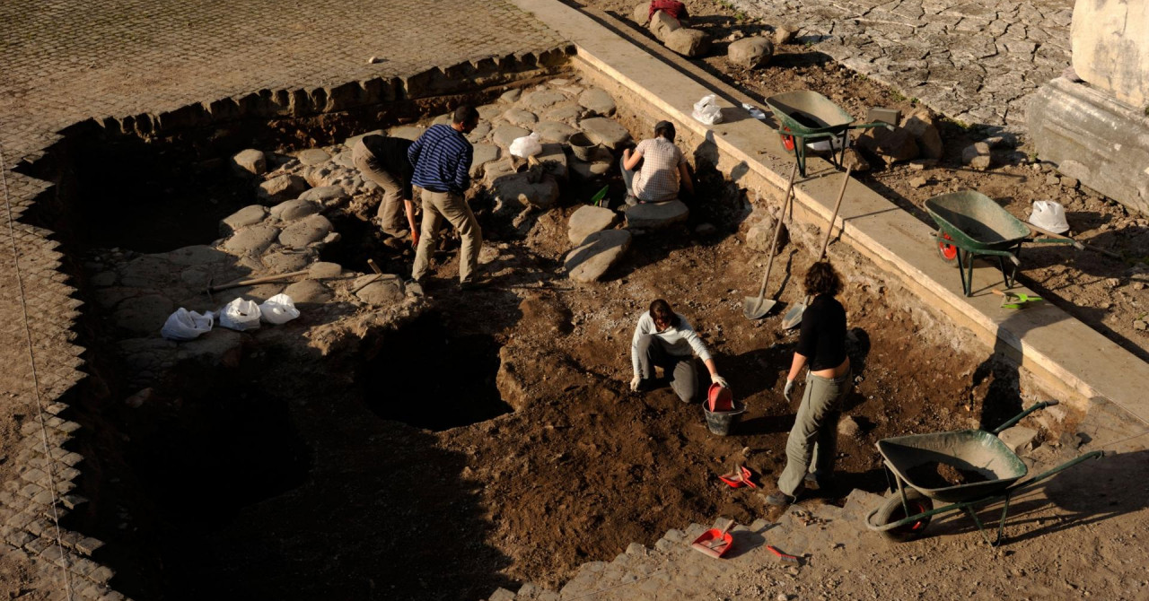 Arheološki tim kod Ravnog u BiH otkrio reljefnu oltarsku pregradu iz crkve iz 9. stoljeća