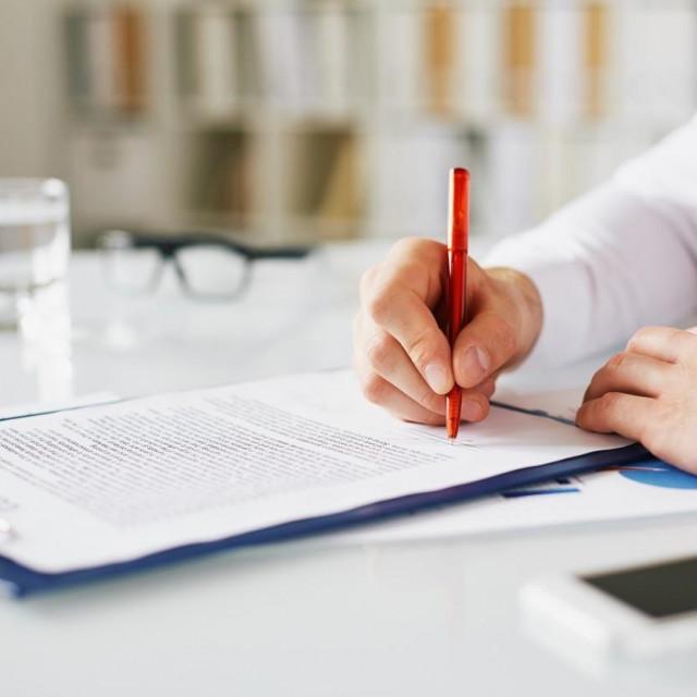 Potpis ugovora/ilustracija