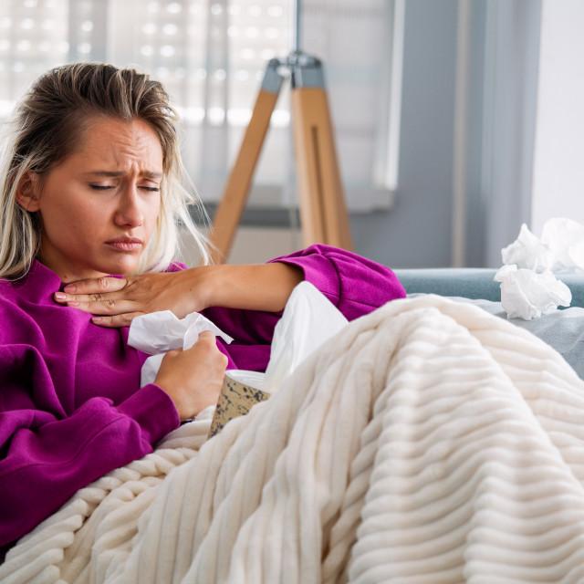 Ponekad nam kašalj toliko smanjuje kvalitetu života da ometa san, može uzrokovati glavobolju, vrtoglavicu, pojačano znojenje, bježanje mokraće pa čak i prijelom rebra
