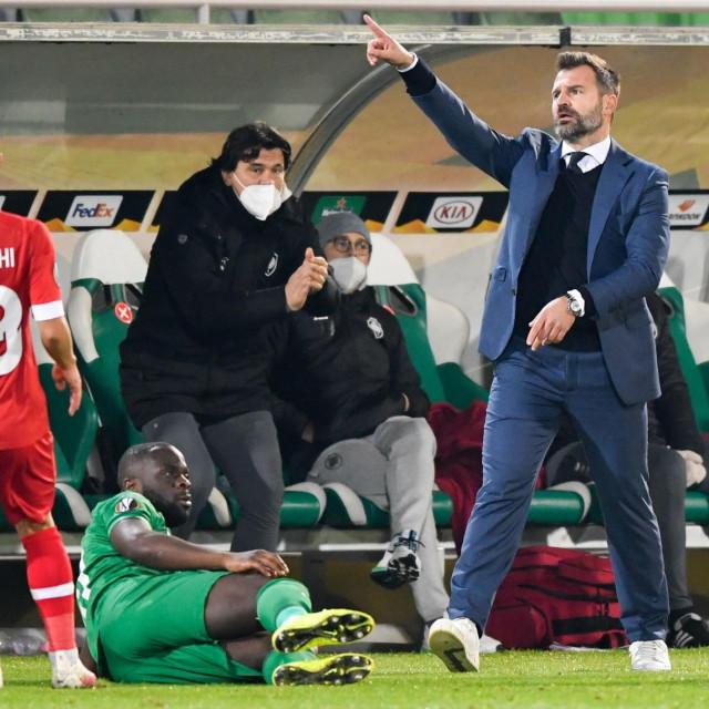 Ivan Leko sjano vodi Royal Antwerp