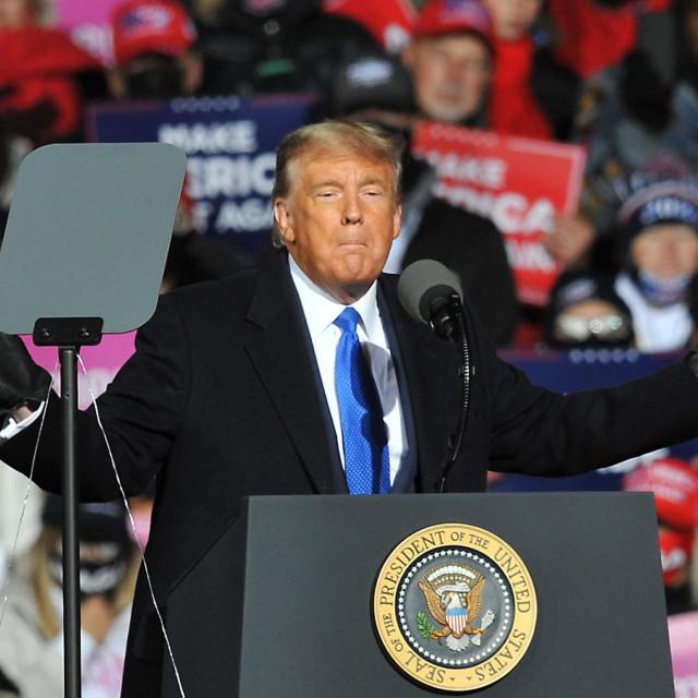 Donald Trump na skupu u Nebraski