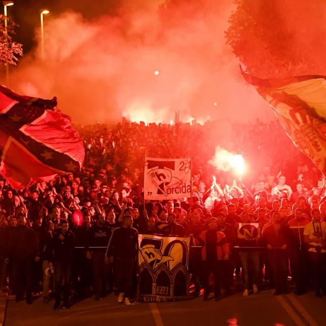 Bakljada Torcide na ulicama Splita
