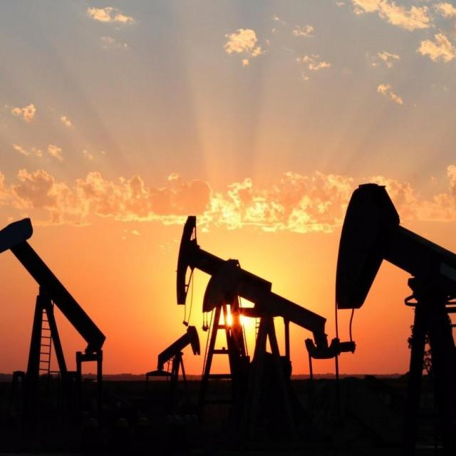 Crpljenje nafte, ilustracija