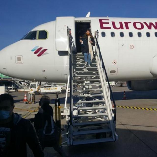 "Međunarodna zračna luka ""Dr. Franjo Tuđman"" u Zagrebu"