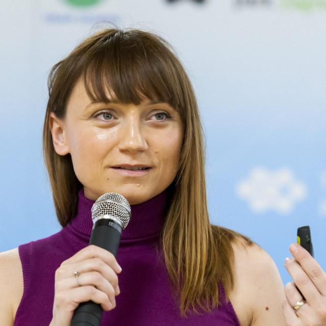 Apeliramo da se rješenja storniraju i da se sve poduzetnike početnike do treće godine poslovanja oslobodi plaćanja doprinosa, poručila je Ivana Matić iz udruge Women in Adria