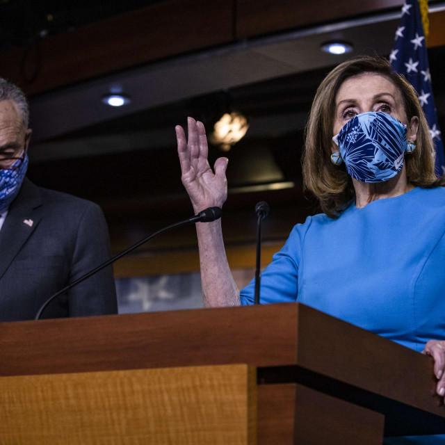 Nancy Pelosi i Chuck Schumer