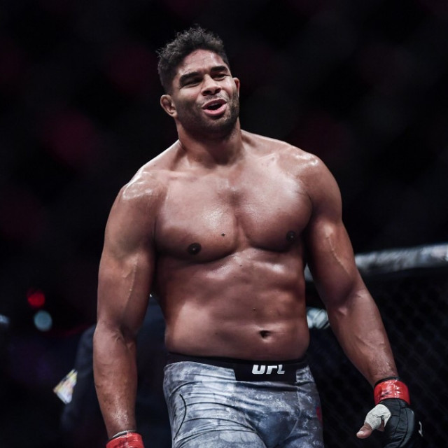 Alistair Overeem AFP 55