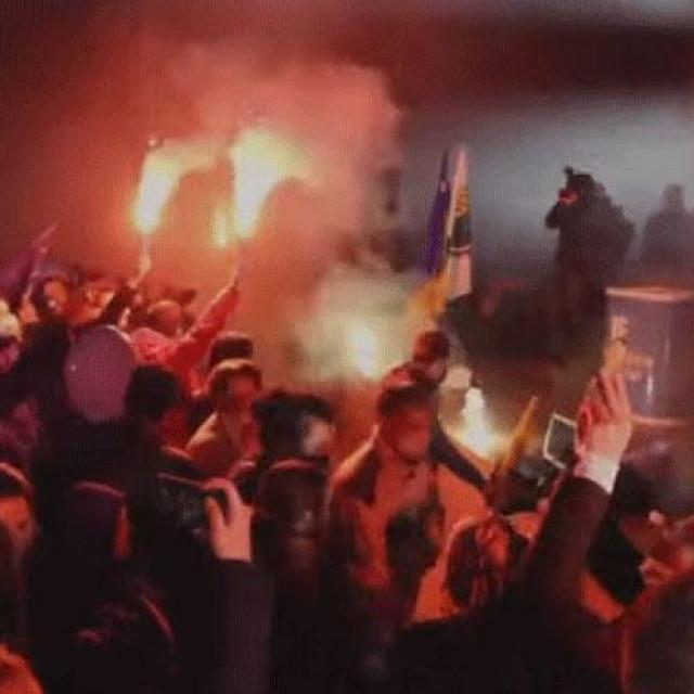 Jedan od predizbornih skupova uoči lokalnih izbora u BiH na kojem se nisu poštivale mjere