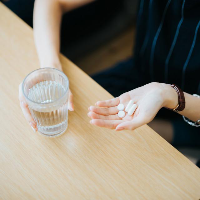 Virusne infekcije, prehlada i gripa, pa tako i COVID-19, ne liječe se antibioticima