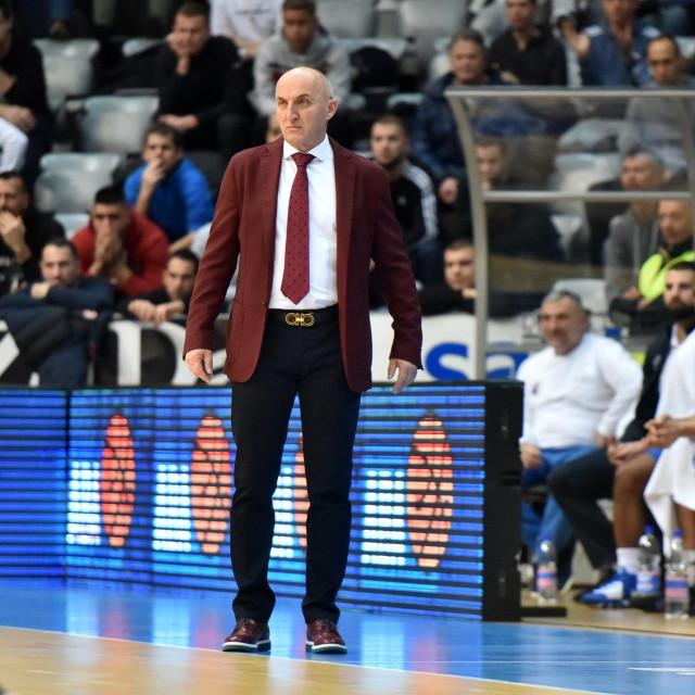 Trener Mornara Mihailo Pavićević