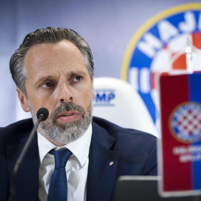 Kakvu će odluku donijeti novi predsjednik Uprave Hajduka Lukša Jakobušić?