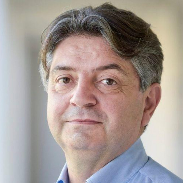 Dr.Goran Tešović