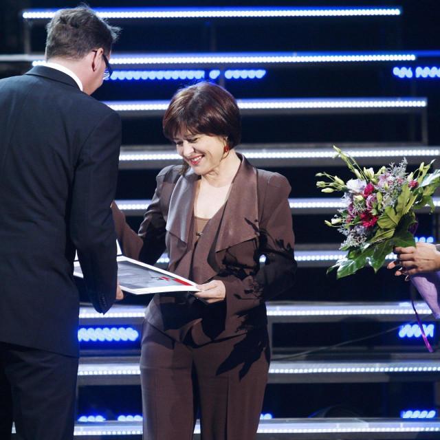 Vera Tomašek na dodjeli godišnje nagrade HRT-a 2012. godine