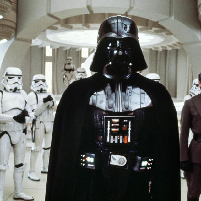 David Prowse utjelovio je Dartha Vadera