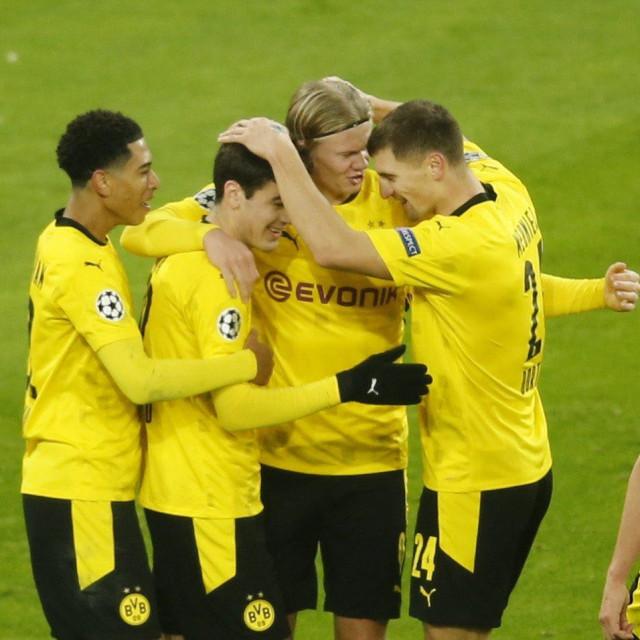 Borussiji Dortmund ide sjajno