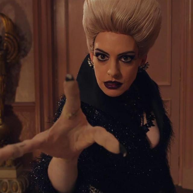 """Anne Hathaway u filmu """"Vještice"""""""