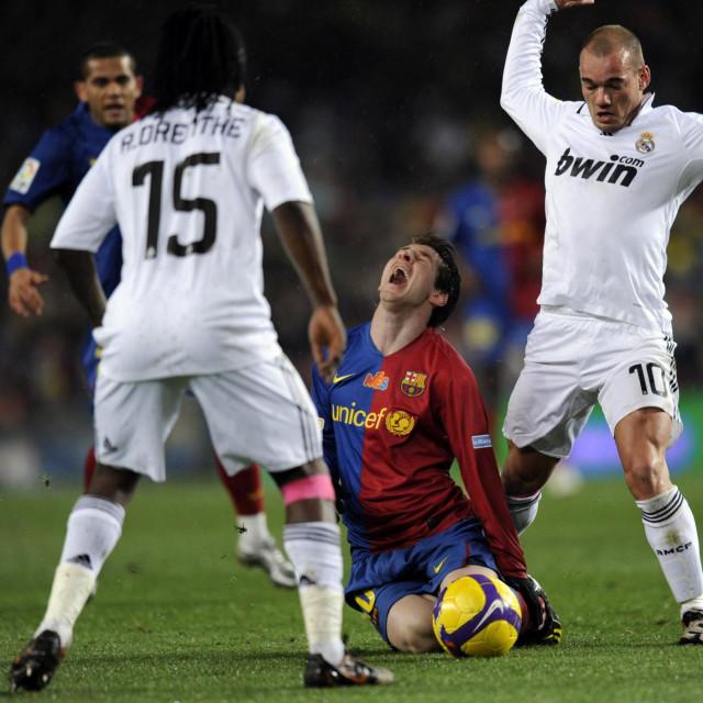 Royston Drenthe bio je na istom travnjaku i protiv Lea Messija