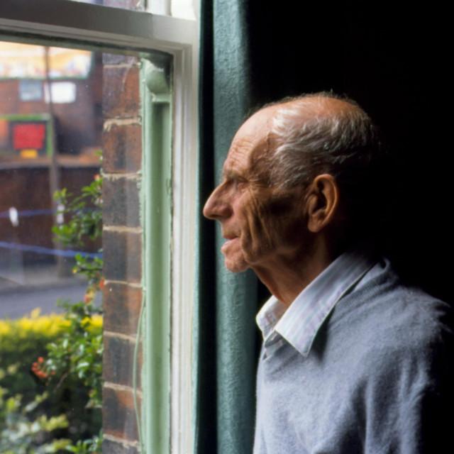 Ilustracija, stara osoba
