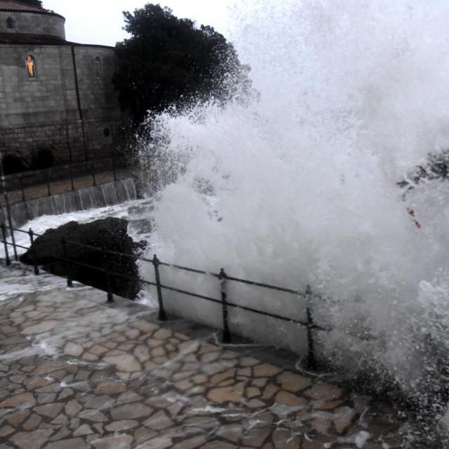Olujno jugo u Opatiji