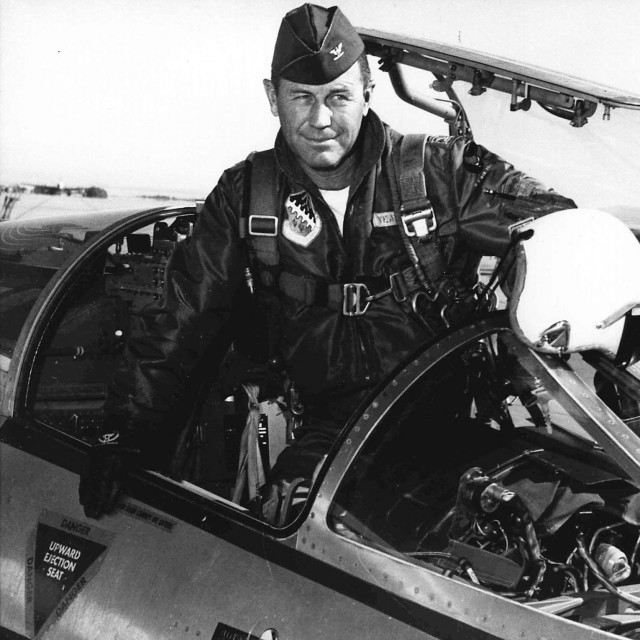 """Charles E. """"Chuck"""" Yeager (1962.)"""