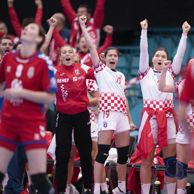 Hrvatska slavi pobjedu protiv Srbije