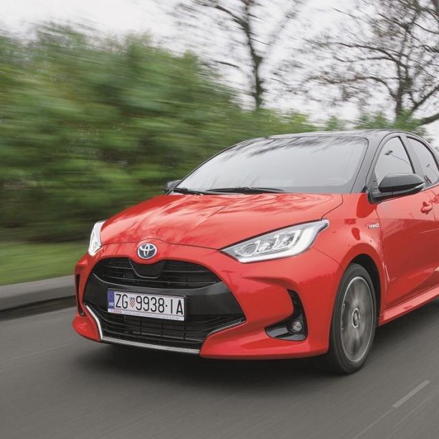 Test nova Toyota Yaris Hybrid