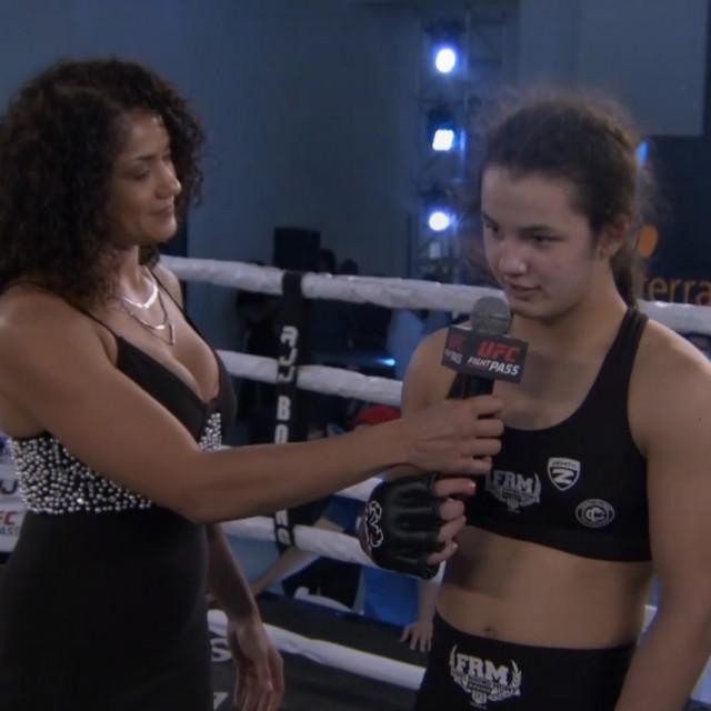 Pearl Gonzalez i Bella Mir