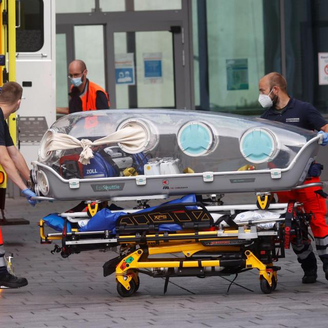 Transport Aleksandra Navaljnog u bolnicu u Berlinu