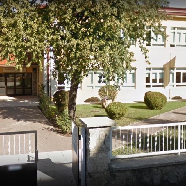 Srednja škola Otočac