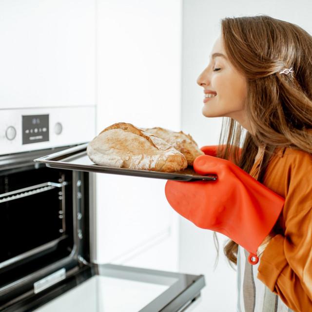 Ovim jednostavnim postupcima možemo kruhu vratiti svježinu