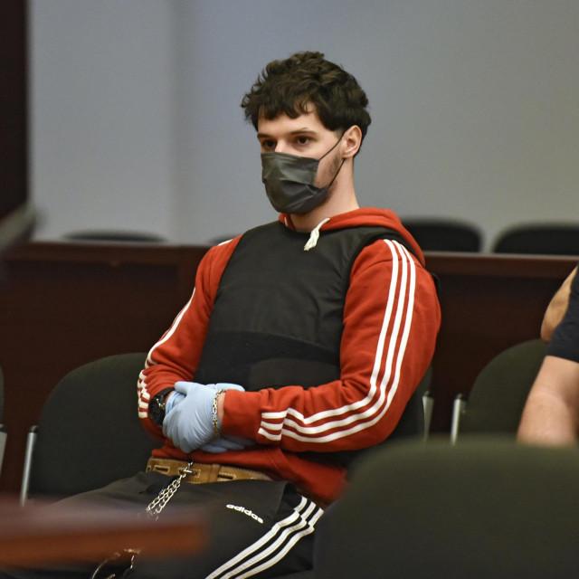 Suđenje Filipu Zavadlavu