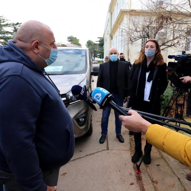 Predsjednik virskog UDDK-a Vicković govori za medije