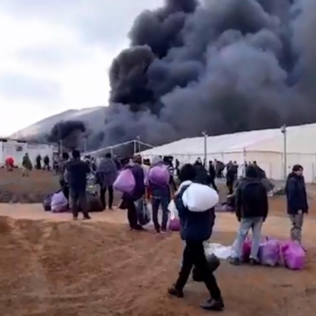 Požar u kampu Lipa u Bihaću