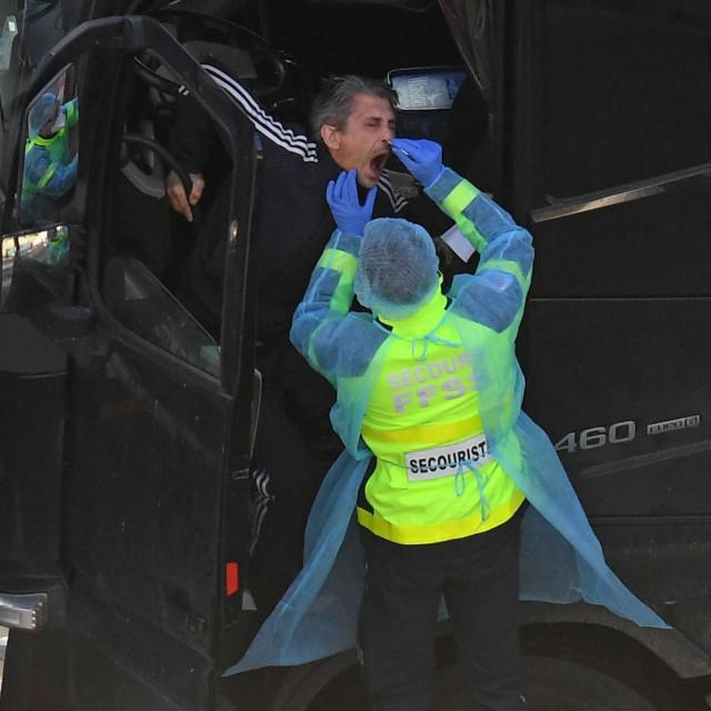 Testiranje kamiondžija u Doveru