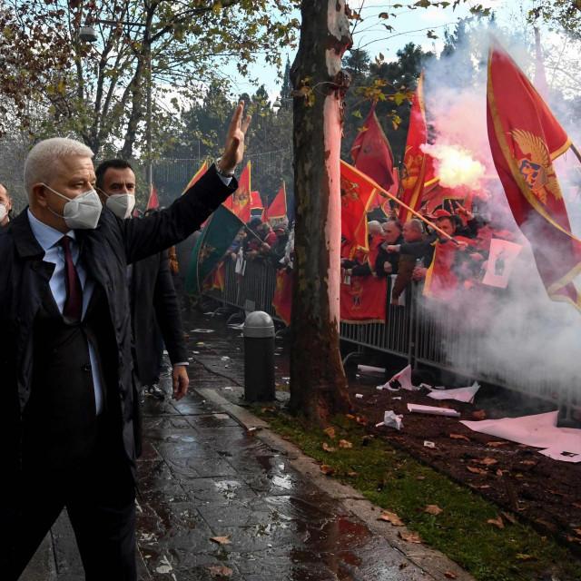 Bivši crnogorski premijer Duško Marković dao je podršku prosvjednicima protiv Krivokapićeve vlasti