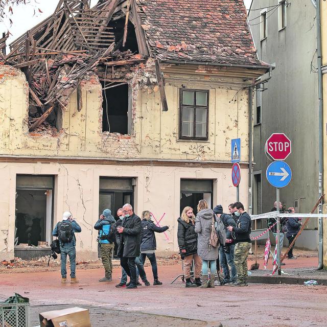 Centar Petrinje dan nakon razornog potresa