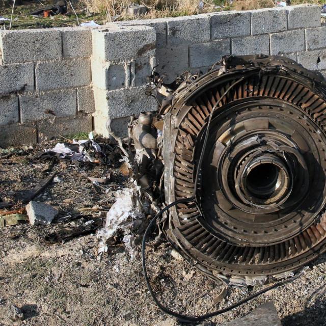 Olupina ukrajinskog aviona oborenog u Iranu