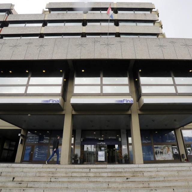 Zgrada FINA-e