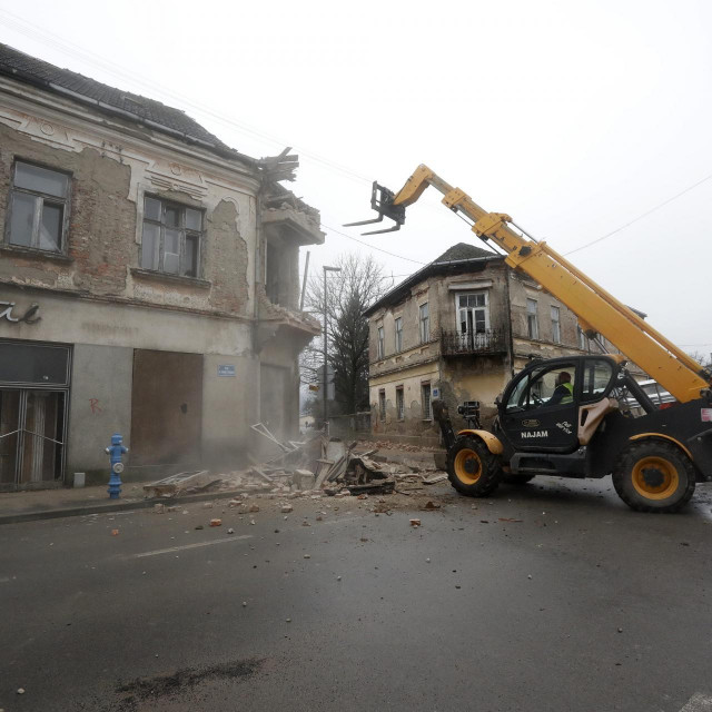Glina nakon razarajućeg potresa